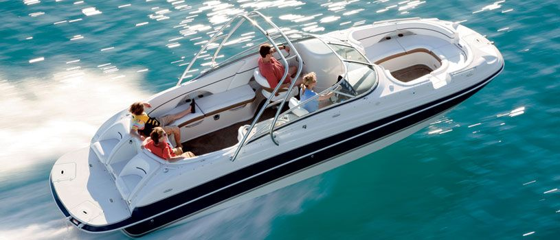 Deck Boats | Discover Boating Canada