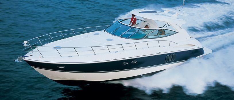 Yates de Motor/ Cruceros
